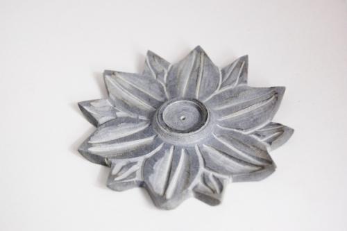 R ucherst bchenhalter lotusblume harmonieoase home for Design versandhandel